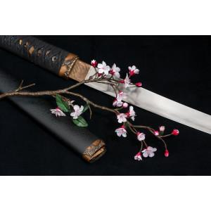без меча